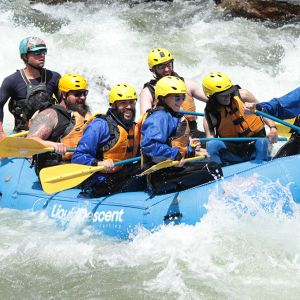White Water Rafting 16'